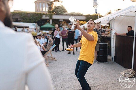 pokaz barmański na Rum Love Festiwal - House of Angostura
