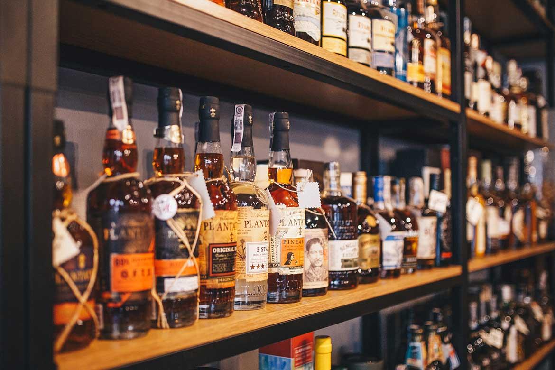 Alkohol na kieliszki w salonie BlackBeard